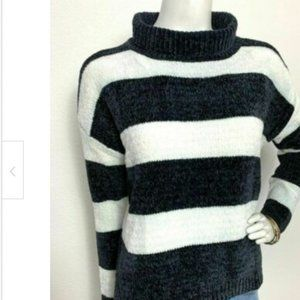 NWT  Black White Chenille Style Sweater